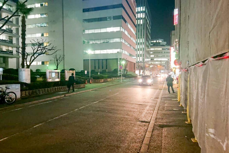 博多駅近くの大通り