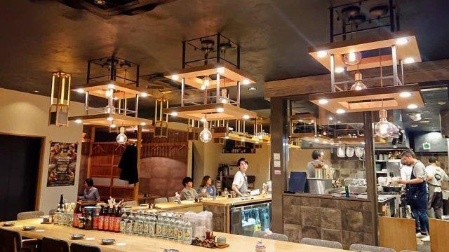 饂飩ト酒 maru-ginの店内写真